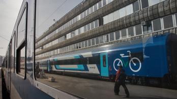 Fél órát is késhet a vonat a dél-balatoni vasútvonalon