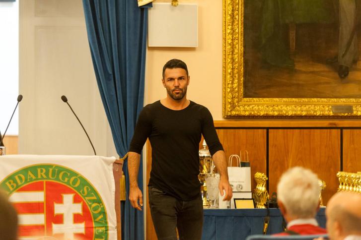 Bajzát Péter, mint díjátadó az MLSZ Pest Megyei Igazgatóság 6. Gólkirályok Gáláján