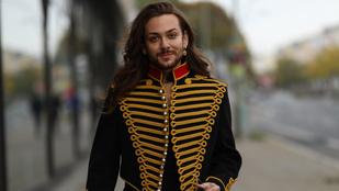 Páneurópai pillanat: olasz származású német sztár magyaros dzsekitől tűnik Jackónak