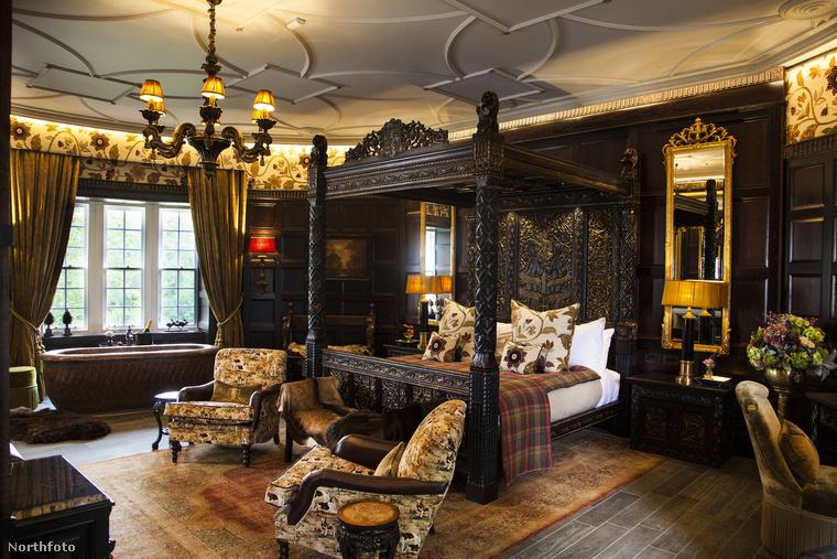 Ahogy írtuk, a kastély az 1970-es évektől működik szállodaként, de 2013-ban ismét felújították 21