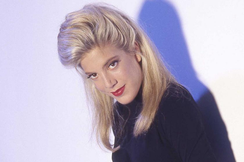 Békaszeműnek csúfolták a '90-es évek sorozatsztárját - A színésznőnek később ez lett a védjegye