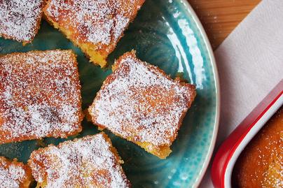 Szupergyors vajas kevert süti - Érdemes két tepsivel sütni, úgyis felfalják a vendégek