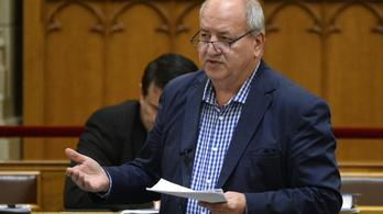 Az Alkotmánybírósághoz fordul az MSZP