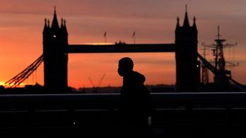 Egekben a brit államadósság