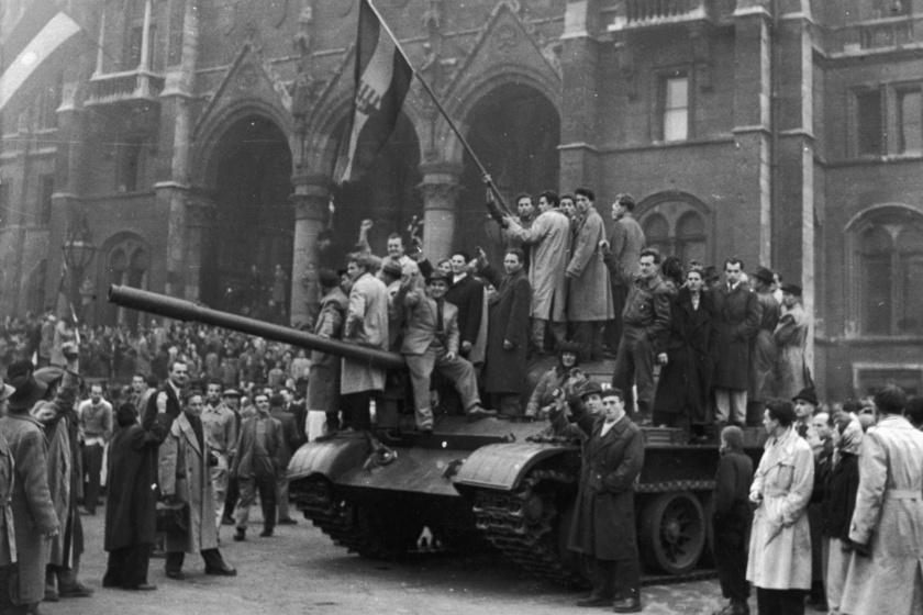 Műveltségi kvíz az '56-os forradalomról: tudod, melyik verset szavalták a felkelő diákok?