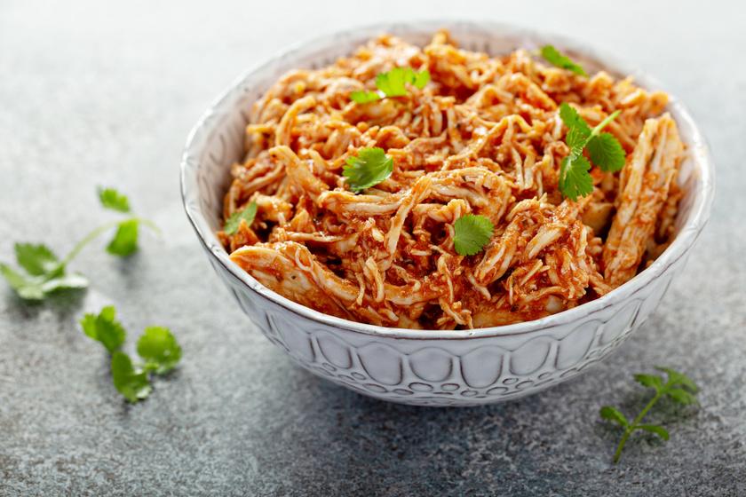 Fűszeres tépett csirke, vagyis a pulled chicken tökéletes receptje