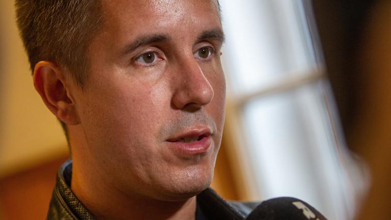 Czeglédy Csaba: meg akarnak fosztani a hivatásomtól