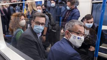 Karácsony Gergely egységesítené a maszkviselést, szerinte az Orbán-kormány csak hárítja a felelősséget
