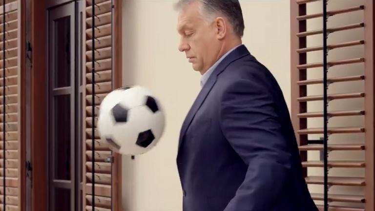 Orbán öngólt lő, Gyurcsány lesre fut