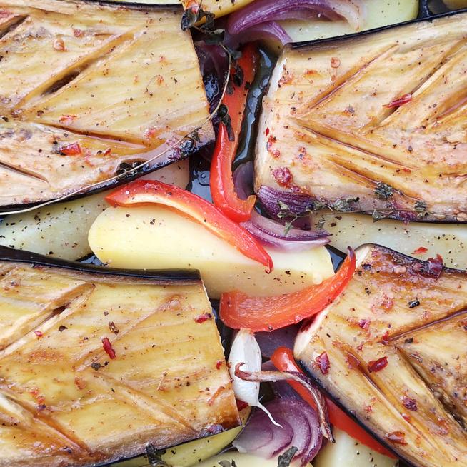 Szénhidrátszegény, sütőben sült padlizsán – Jó fűszeresen lesz a legfinomabb