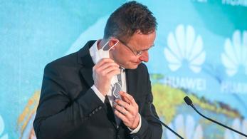 Nem boldog Amerika a budai Huawei-központtól