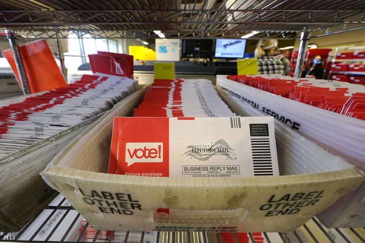 Postán beküldött szavazatok Washington államban.
