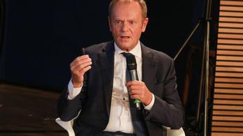 Donald Tusk: Az illiberális demokrácia voltaképpen egy korcs demokrácia