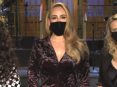 Adele-ből tipikus amerikai szőke bombázó lett