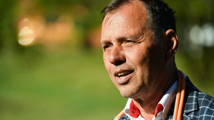 Szlávik János: Még több ember fog kórházba és intenzív osztályra kerülni