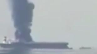 Felrobbant egy orosz tartályhajó, három ember eltűnt
