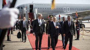 Negyedmilliárd forintot utazott el tavaly Orbán Viktor és a kísérete