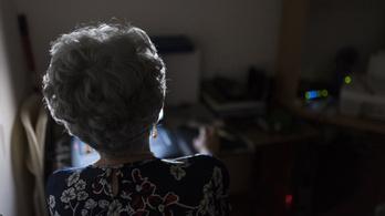 2,5 millió nyugdíjast károsít meg a kormány a NYUSZET szerint