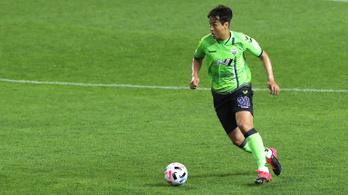 Visszavonul a dél-koreaiak rekorder futballistája
