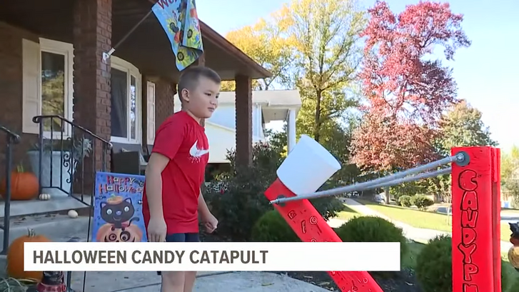 2020-10-26 14 38 03-Candy catapult launches your kids treats, no