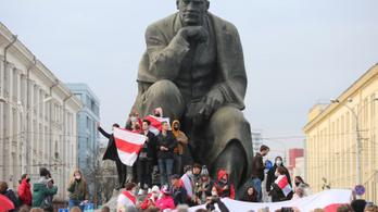 Szolidaritási láncok és sztrájkfelhívás Minszkben