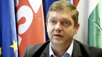 Az MSZP az Alkotmánybírósághoz fordul a kétéves munkaidőkeret lehetősége miatt