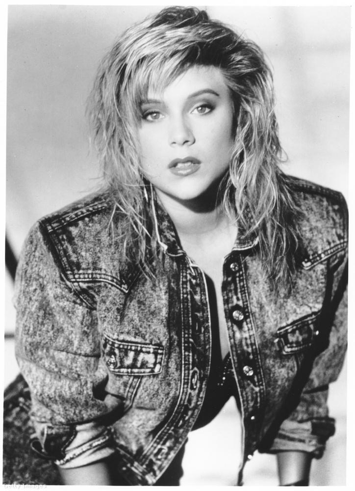 Ez egy kép Samantha Foxról 1987-ből