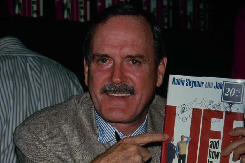 Ma 81 éves a Monty Python sztárja: John Cleese így megváltozott az évek során