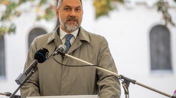 Lázár János nyilatkozata nyomán az LMP hűtlen kezelés gyanúja miatt tett feljelentést