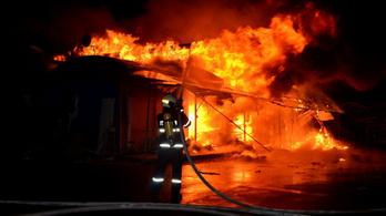 Halálos áldozatokat is követeltek a hosszú hétvégi tűzesetek