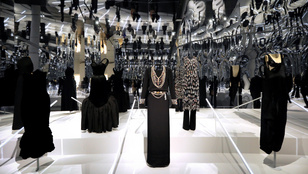 Beköltözik a divat a Metropolitan Múzeumba