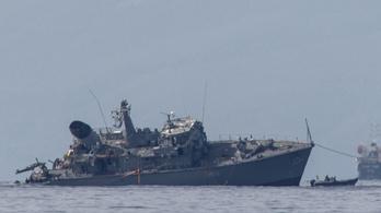 Pireuszi veszte lett a görög hadihajónak