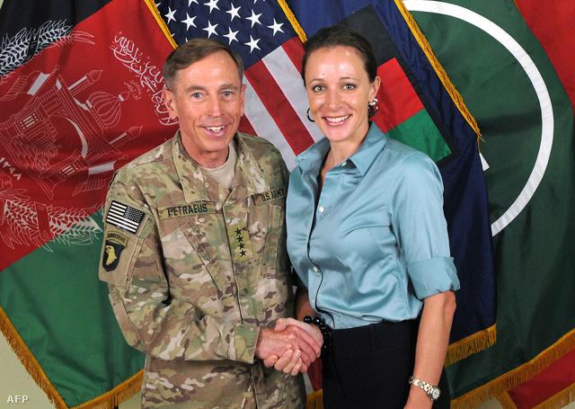 David Petraeus és Paula Broadwell