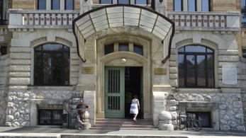 Járványkórházzá alakul a Semmelweis Egyetem épülete