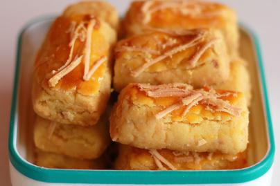 Omlós, joghurttal gyúrt sajtos rúd - Nagyon sokáig eláll