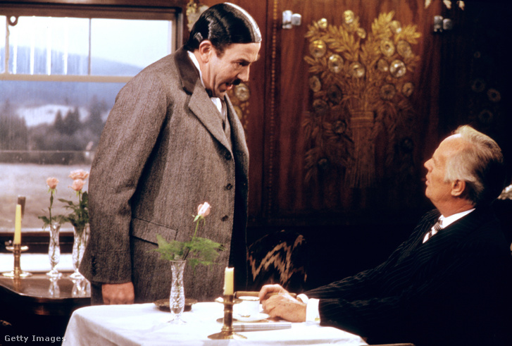 Albert Finney a Gyilkosság az Orient expresszen című filmben (1974)