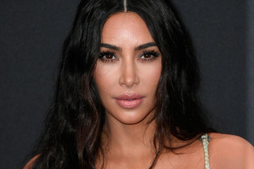 Kim Kardashian egy magánszigeten csapott partit a szülinapján - Agyonszapulják a rajongói
