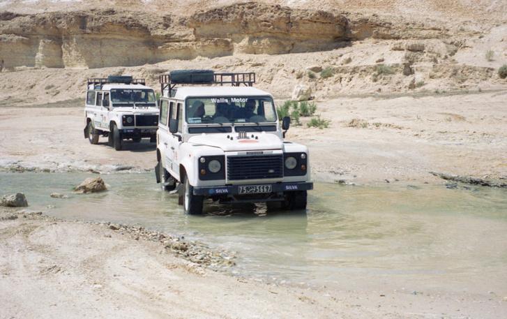 A Land Rover-kalandról jobb, ha a könyv mesél