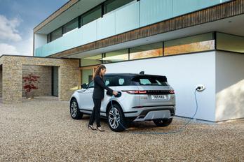 Jelentős bírságra számít a Jaguar Land Rover a EU-tól