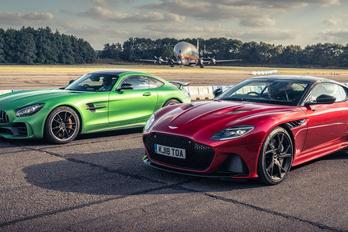 Újabb Aston Martin részvényeket szerez a Mercedes