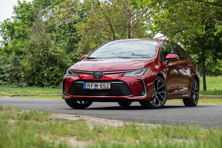 Szuper kreditek nélkül számolva harmadik helyezett a Toyota-Mazda csoportosulás, tehát alapvetően hatékony, tiszta a három márka kínálata
