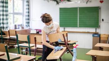 PDSZ: Az iskolabezárás az egyetlen lehetőség