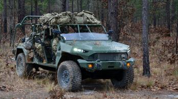 Már szállítják az amerikai hadsereg új terepjáróit