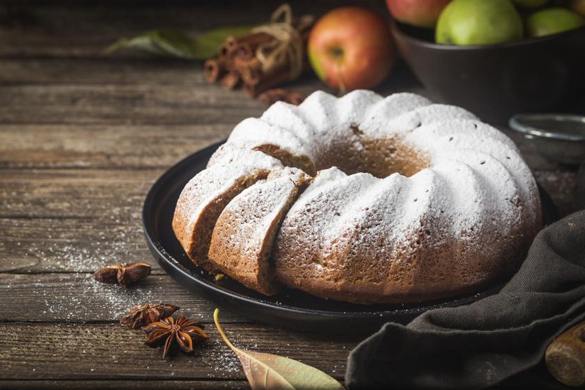 Almás, fahéjas kuglóf kevert tésztából: csak 10 perc munka, a többit a sütő intézi