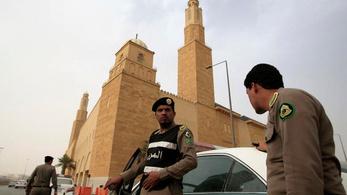 Szaúdi férfi sebesített meg egy őrt Franciaország dzsiddai konzulátusán