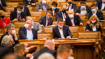 Nem értenek egyet Orbán Viktorral, a Fideszben is többen szigorítanának a járványügyi szabályozásokon