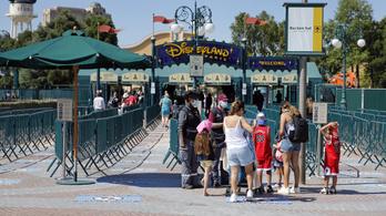Ismét bezár a francia Disneyland