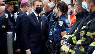 Putyin együttműködést ajánlott Macronnak a terrorizmus elleni küzdelemben