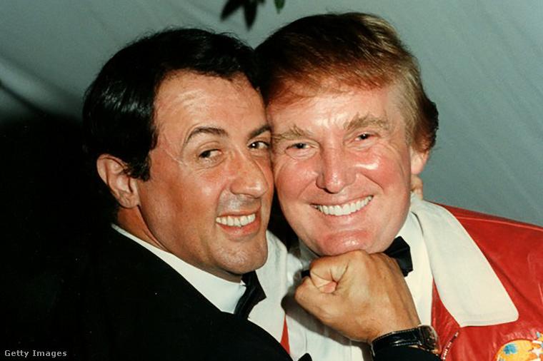 Már régről ismerik egymást: Sylvester Stallone itt 1997-ben pózol Donald Trumppal.