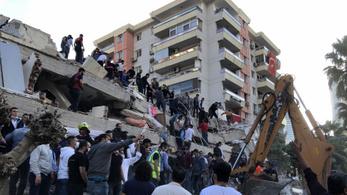 Athéni helyzetjelentés a földrengésről: remegett a ház, megbolondult a technika